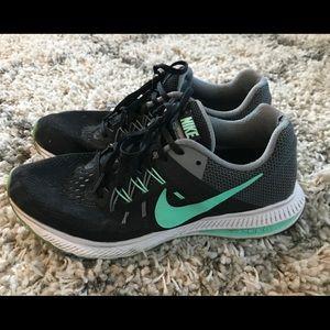 Nike Zoom Winflo 2 Sneakers